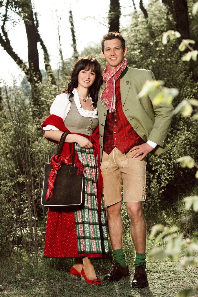 Mattseer Dirndl, traditionell, Mattsee bei Salzburg